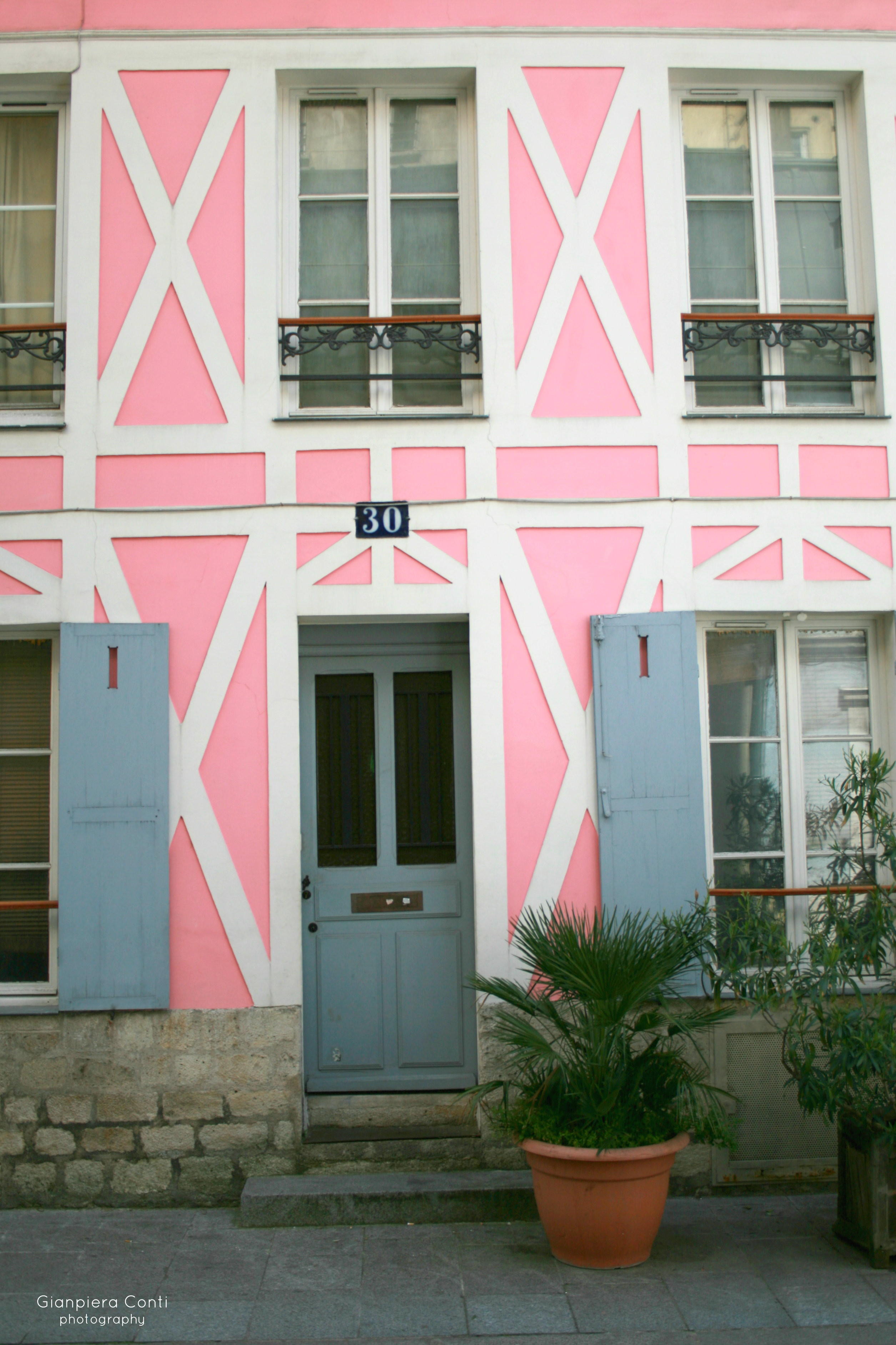 Cremieux Pink Home